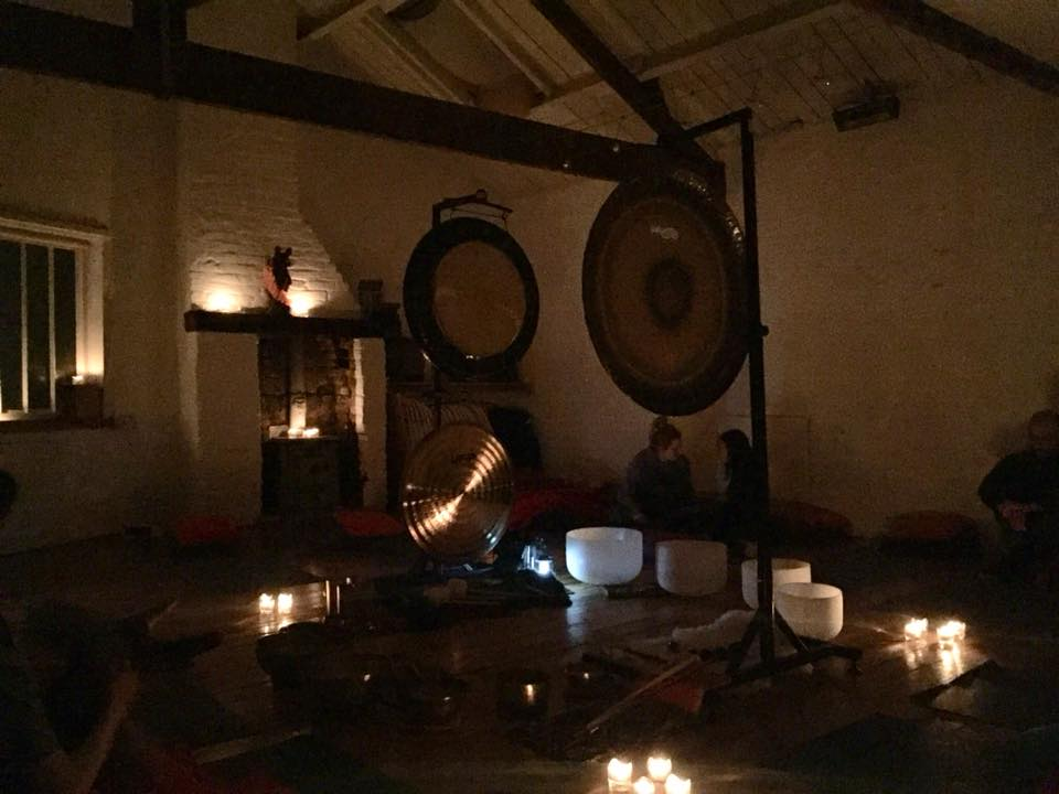 LONDON - Weekly Sunday evening restorative gong baths Clapham North